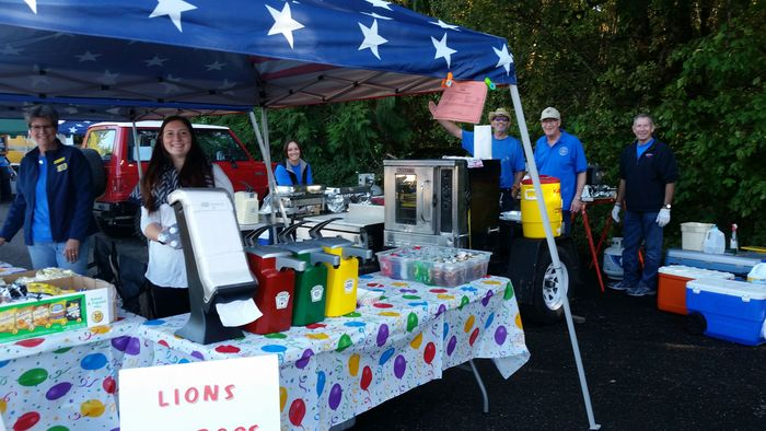 Lions Club food booth at Experience Ridgefield 2016
