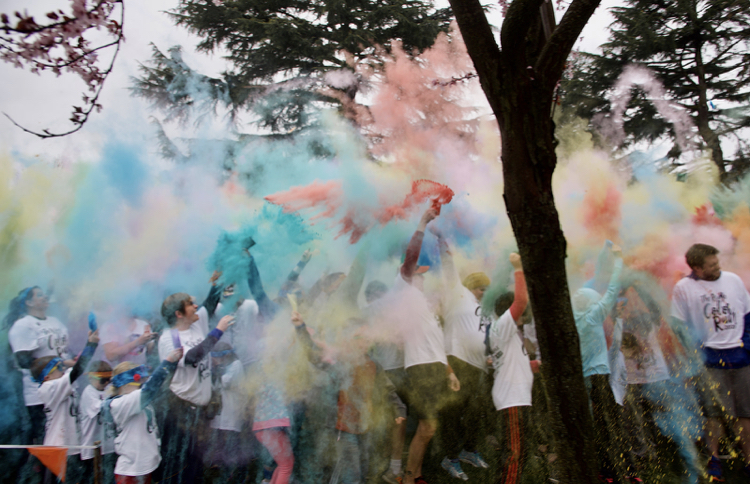 Photo of pre-race at Color Run 2020.