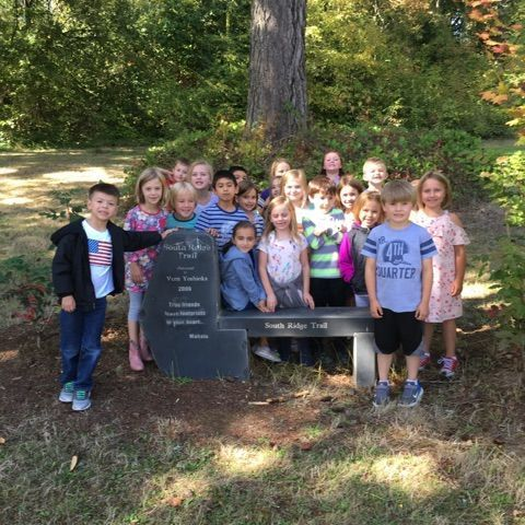 Learning Outdoors at South Ridge Elementary Trail