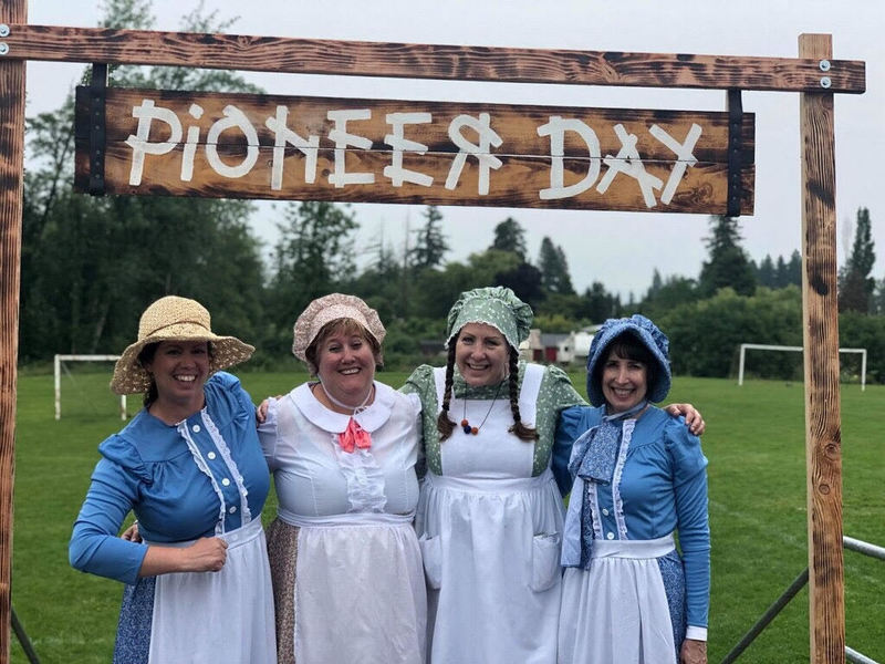 Pioneer Day at South Ridge Takes Students Back in Time