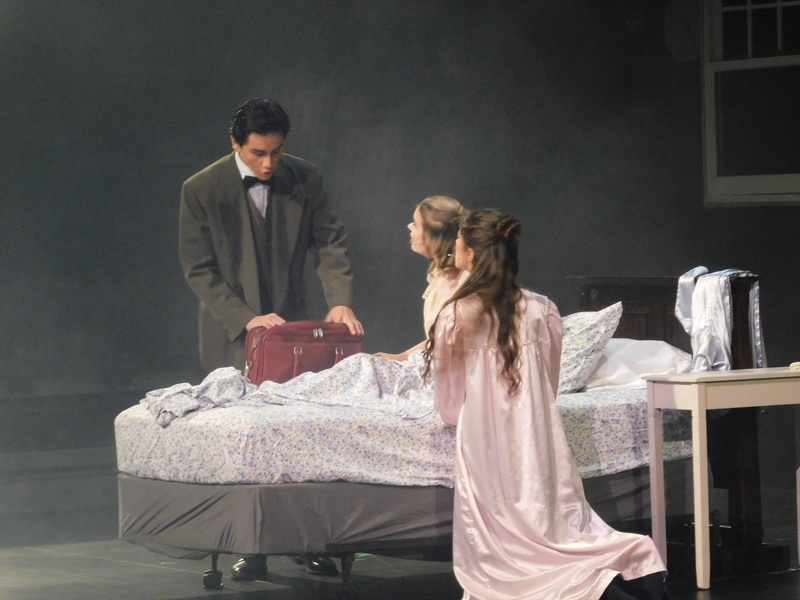 Dracula Production Involves Classes Across Ridgefield High School