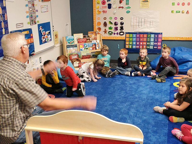 Ridgefield School District's Early Learning Center Honors Veterans